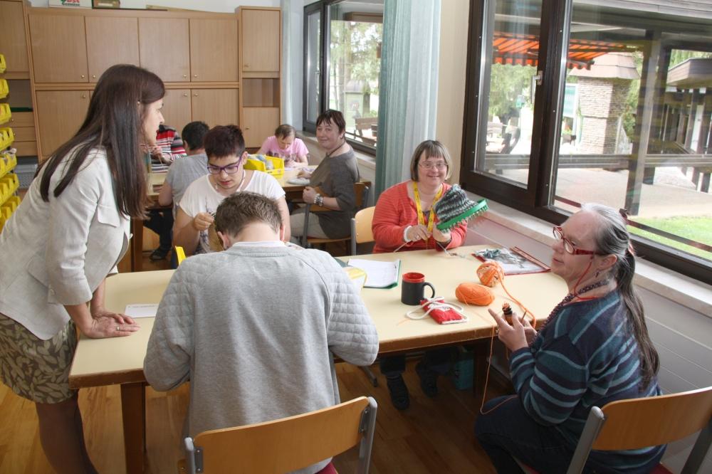 Fotos vom Besuch von Landesrätin Kampun im Heim Sonnenwald